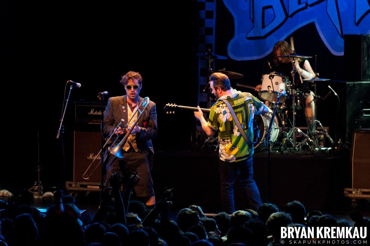 Reel Big Fish @ Best Buy Theater, NYC - 6.27.12 (6)