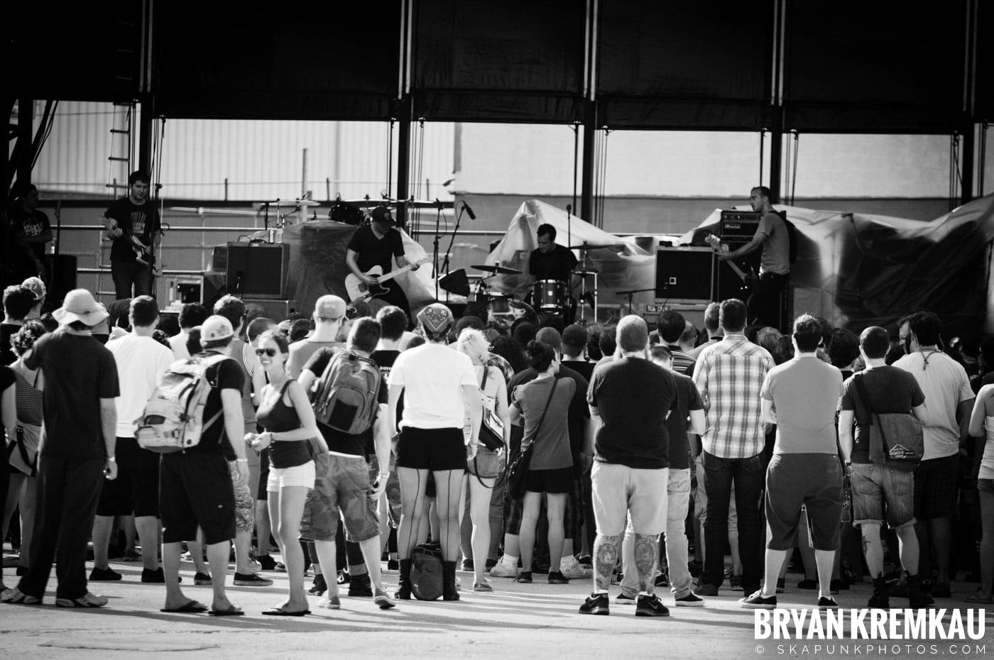 The Menzingers @ Riot Fest 2012, Williamsburg Park NY - 9.8.12 (1)