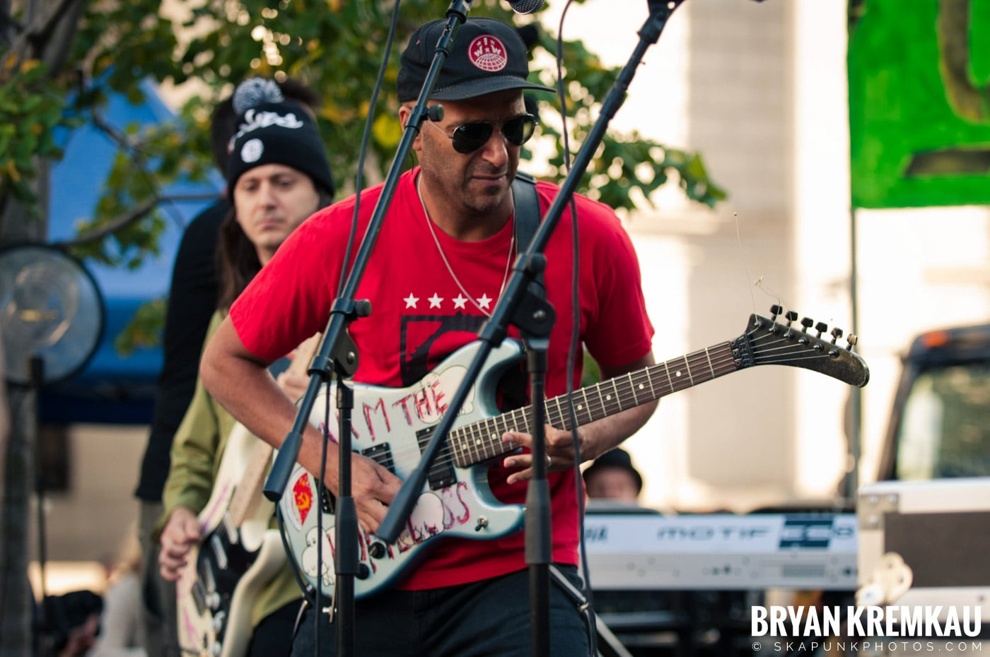 Tom Morello @ Occupy Wall Street Anniversary Concert, Foley Square, NYC - 9.16.12 (48)
