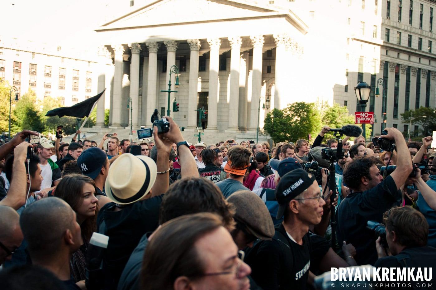 Tom Morello @ Occupy Wall Street Anniversary Concert, Foley Square, NYC - 9.16.12 (37)
