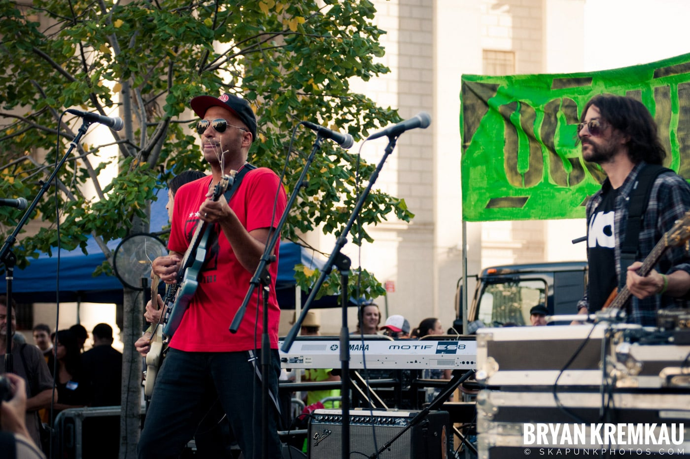 Tom Morello @ Occupy Wall Street Anniversary Concert, Foley Square, NYC - 9.16.12 (36)