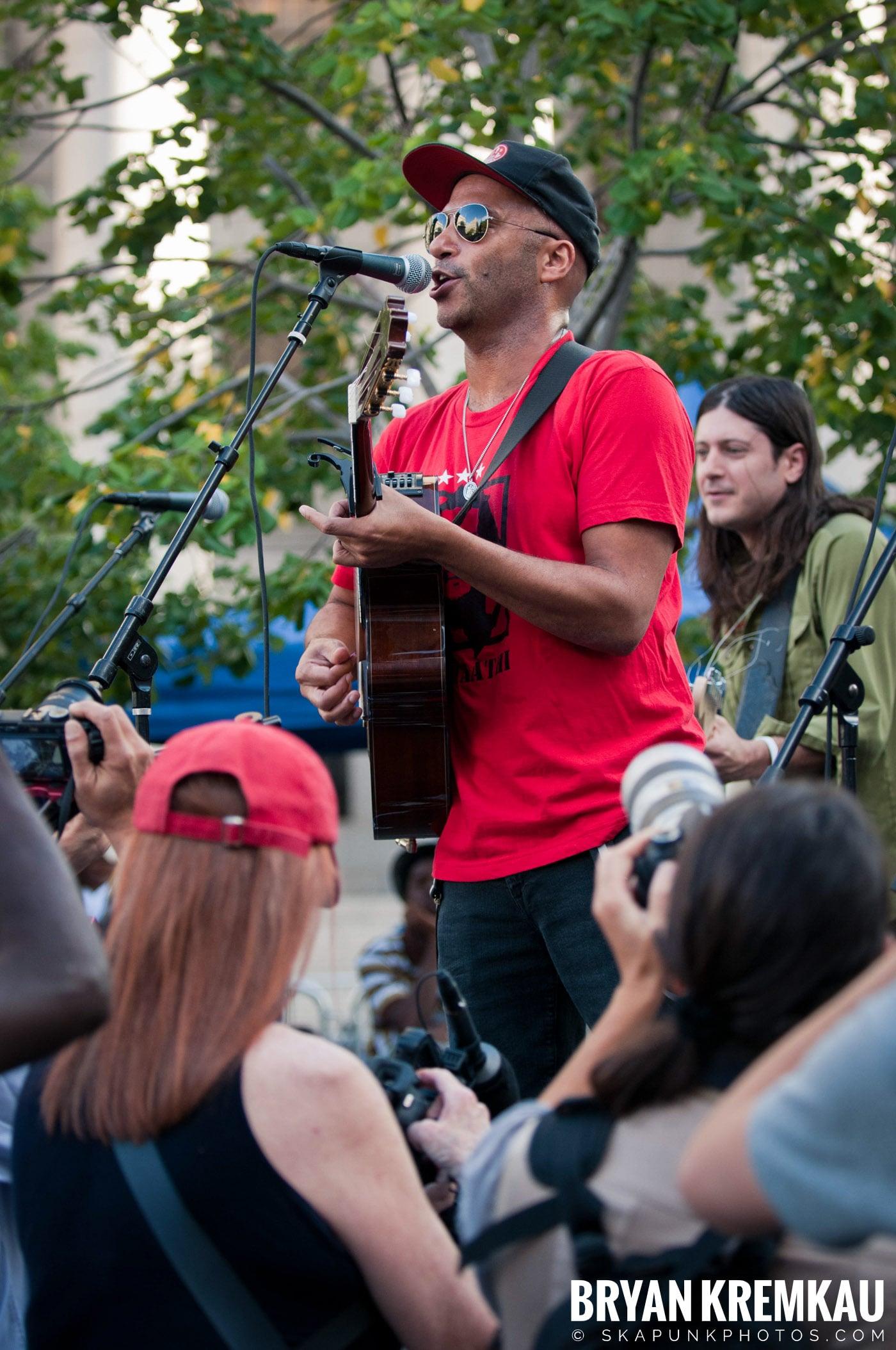 Tom Morello @ Occupy Wall Street Anniversary Concert, Foley Square, NYC - 9.16.12 (29)