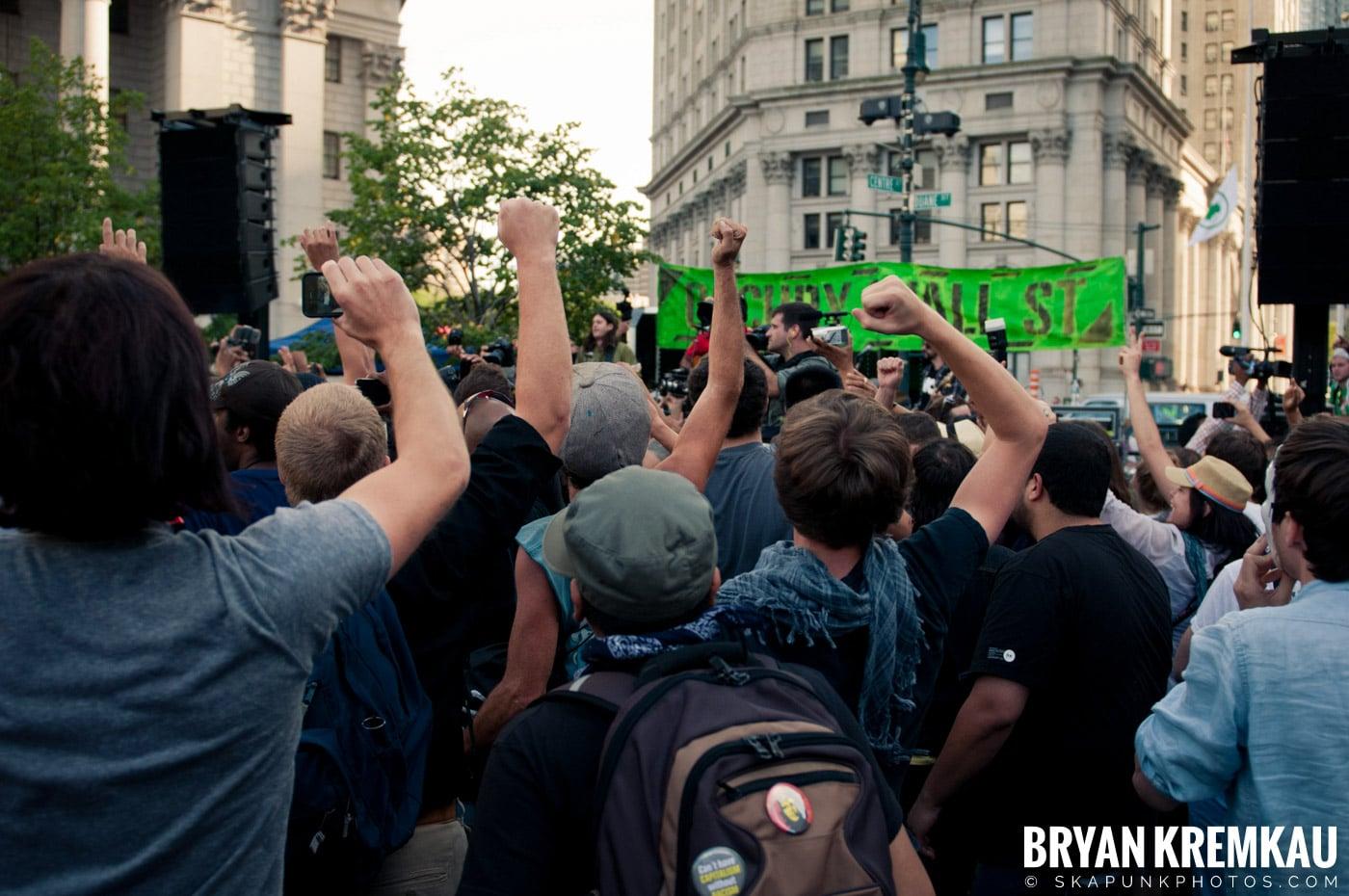 Tom Morello @ Occupy Wall Street Anniversary Concert, Foley Square, NYC - 9.16.12 (27)