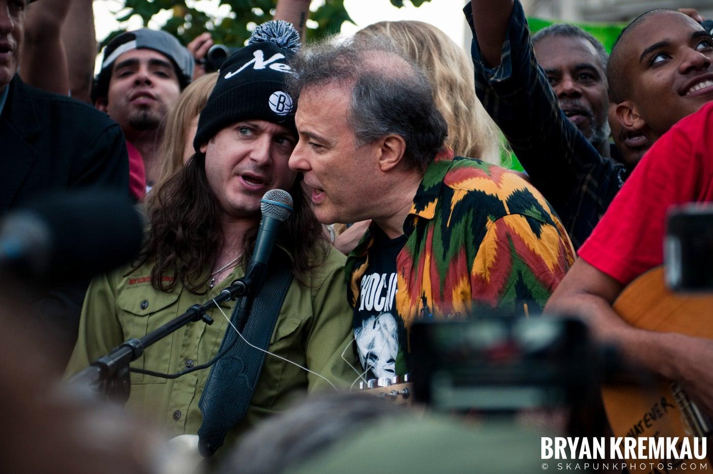 Tom Morello @ Occupy Wall Street Anniversary Concert, Foley Square, NYC - 9.16.12 (23)