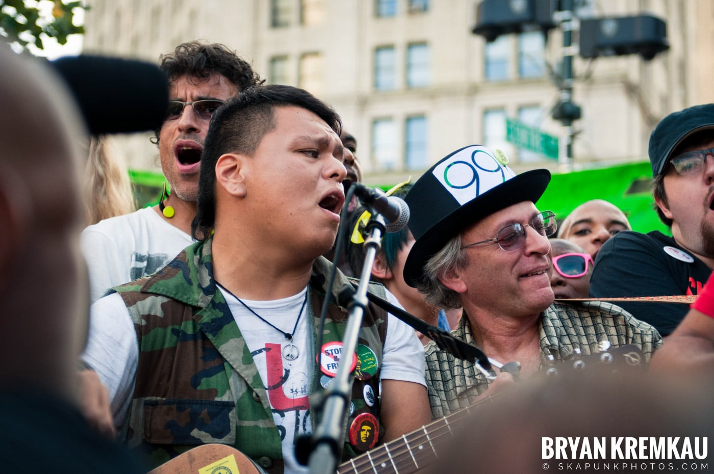 Tom Morello @ Occupy Wall Street Anniversary Concert, Foley Square, NYC - 9.16.12 (15)