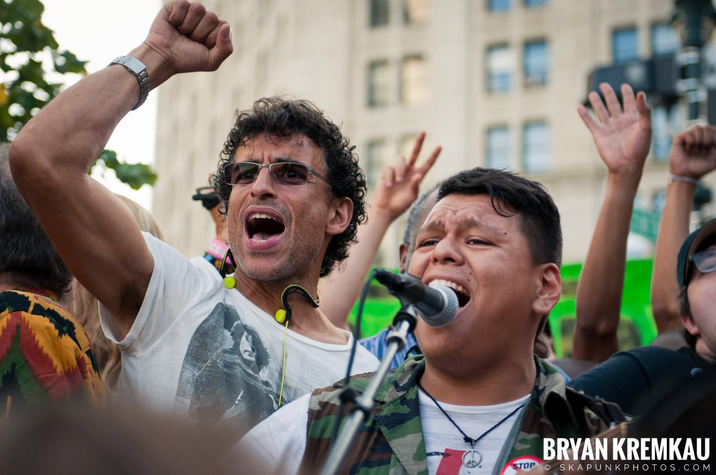 Tom Morello @ Occupy Wall Street Anniversary Concert, Foley Square, NYC - 9.16.12 (12)