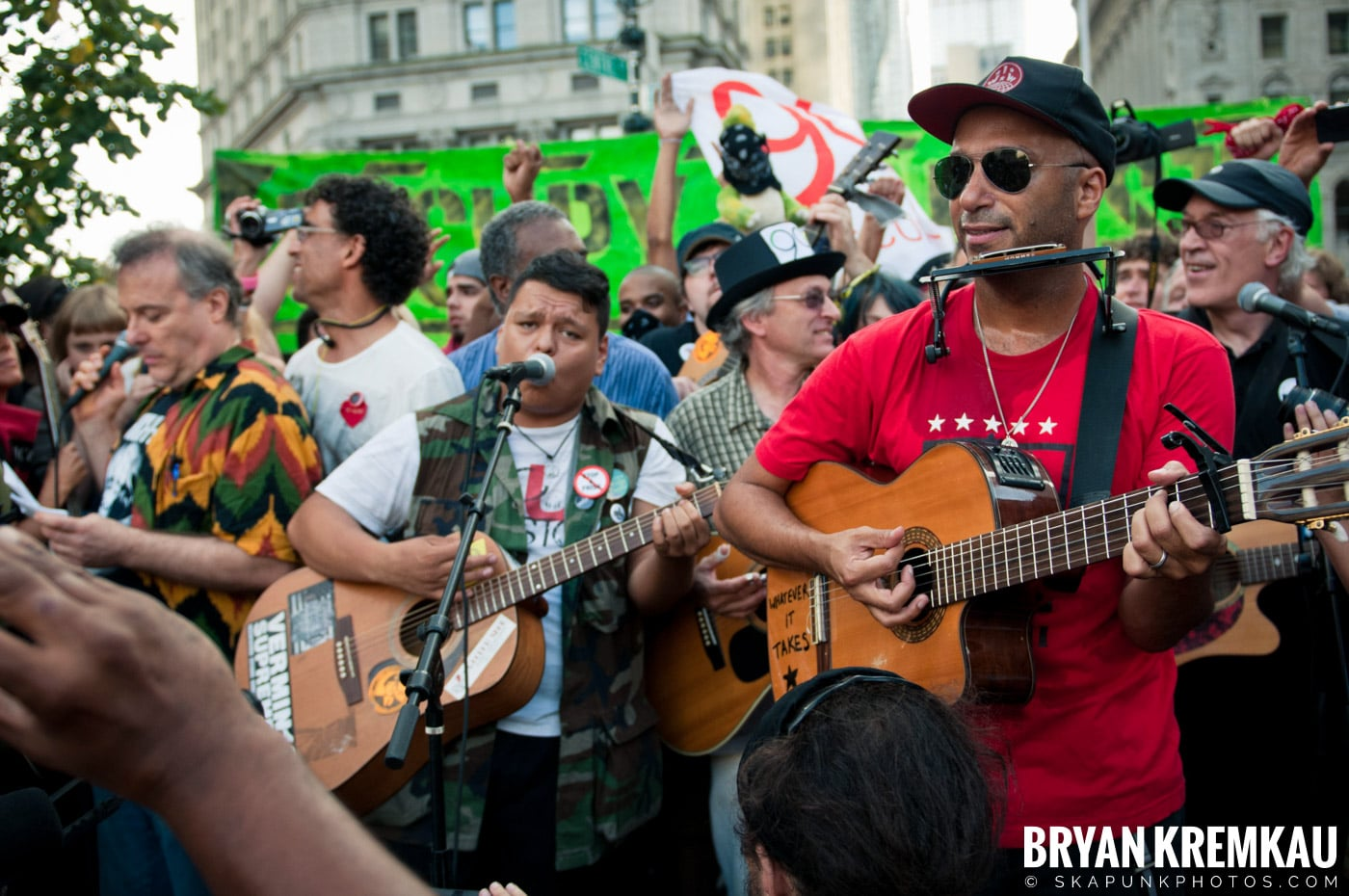 Tom Morello @ Occupy Wall Street Anniversary Concert, Foley Square, NYC - 9.16.12 (10)