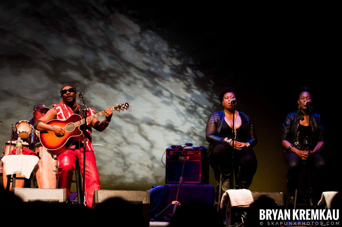 Toots and The Maytals @ Sugar Loaf Performing Arts Center, Sugar Loaf, NY - 11.3.12 (17)