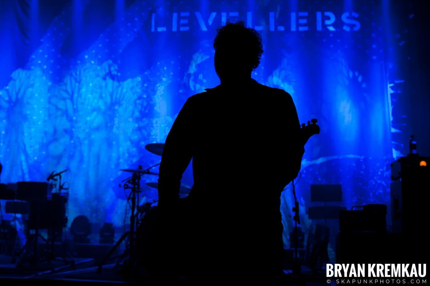 The Levellers @ Shepherds Bush Empire, London UK - 11.24.12 (45)