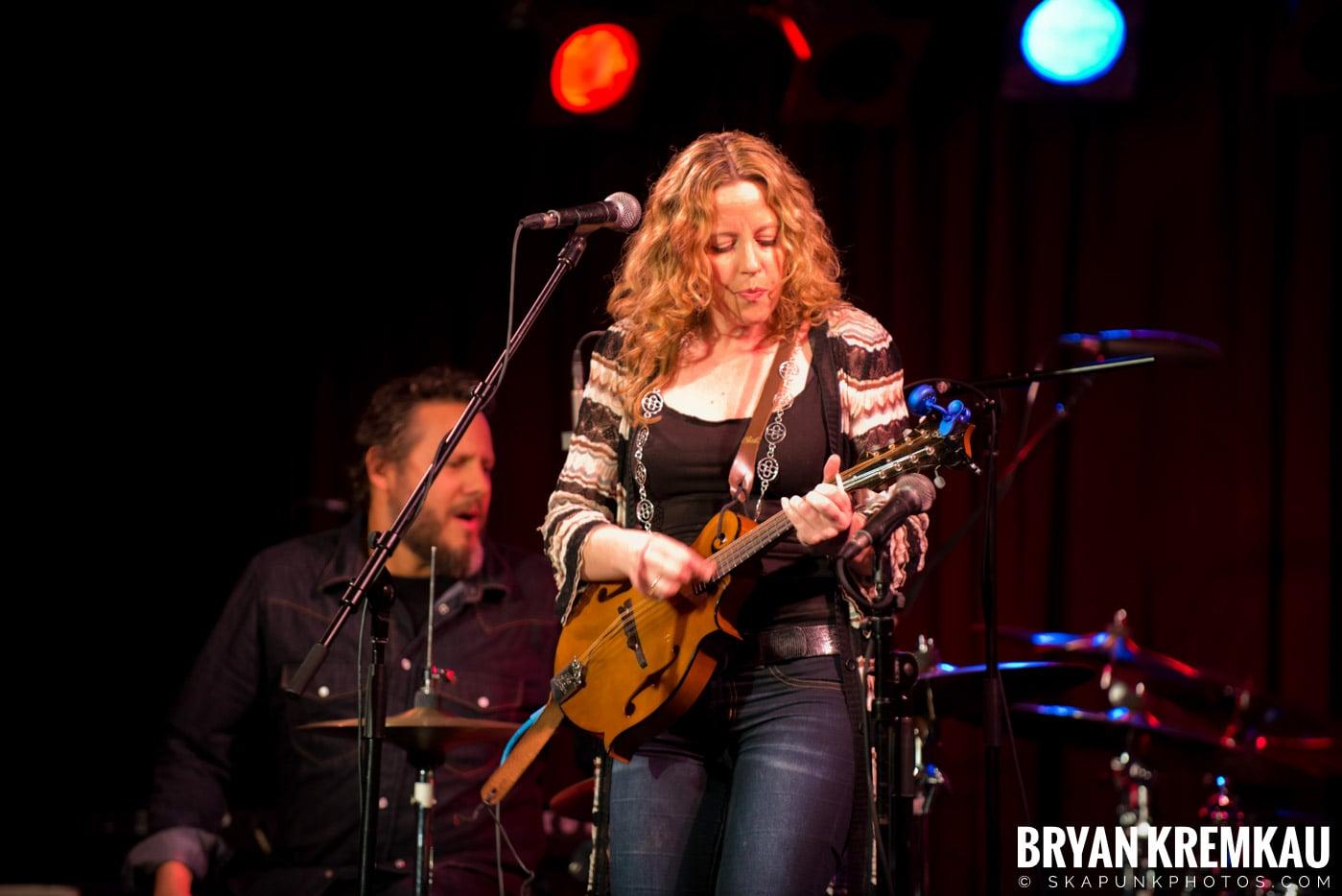 Amy Helm @ B.B. Kings Blues & Grill, NYC - 1.11.13 (17)