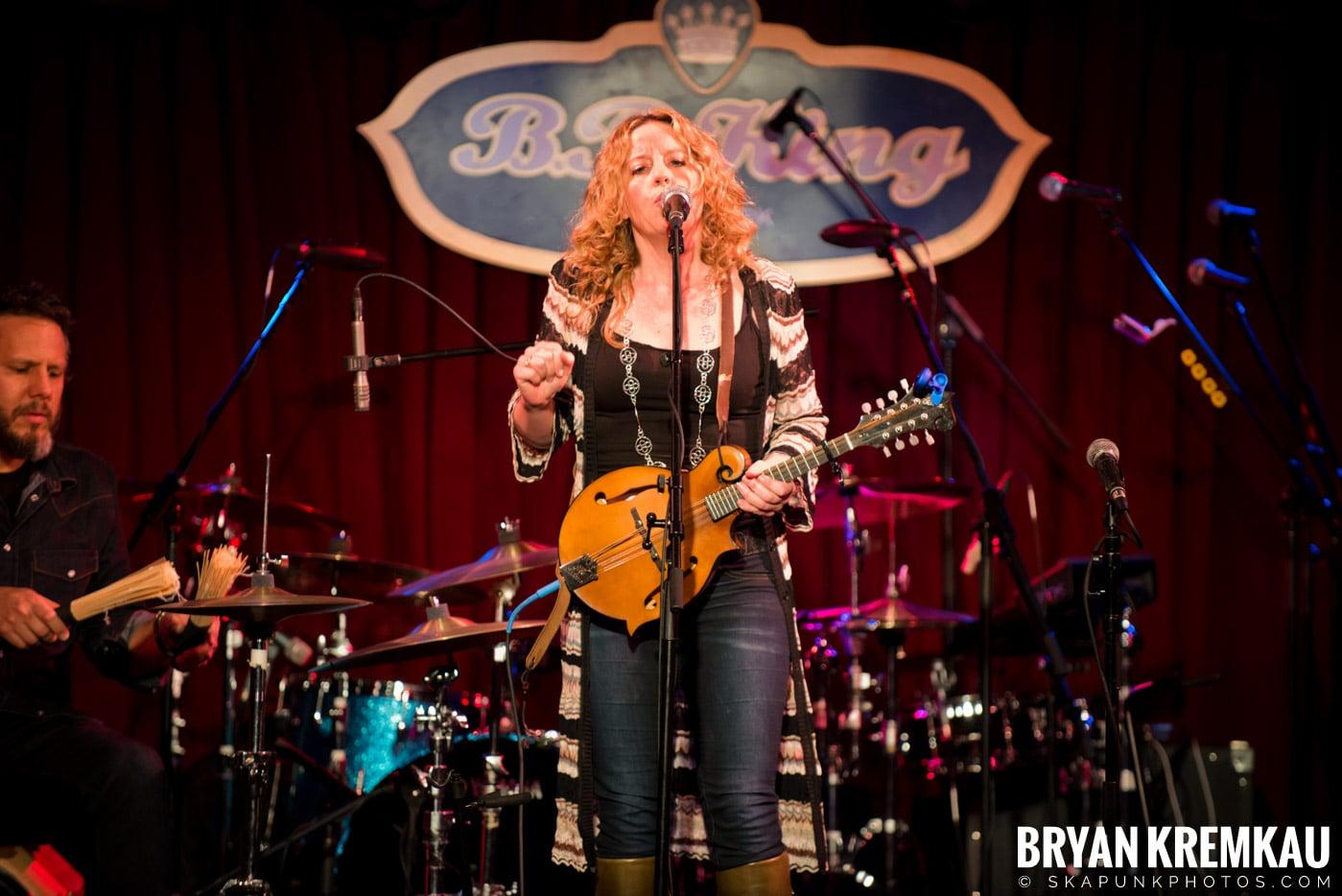 Amy Helm @ B.B. Kings Blues & Grill, NYC - 1.11.13 (13)