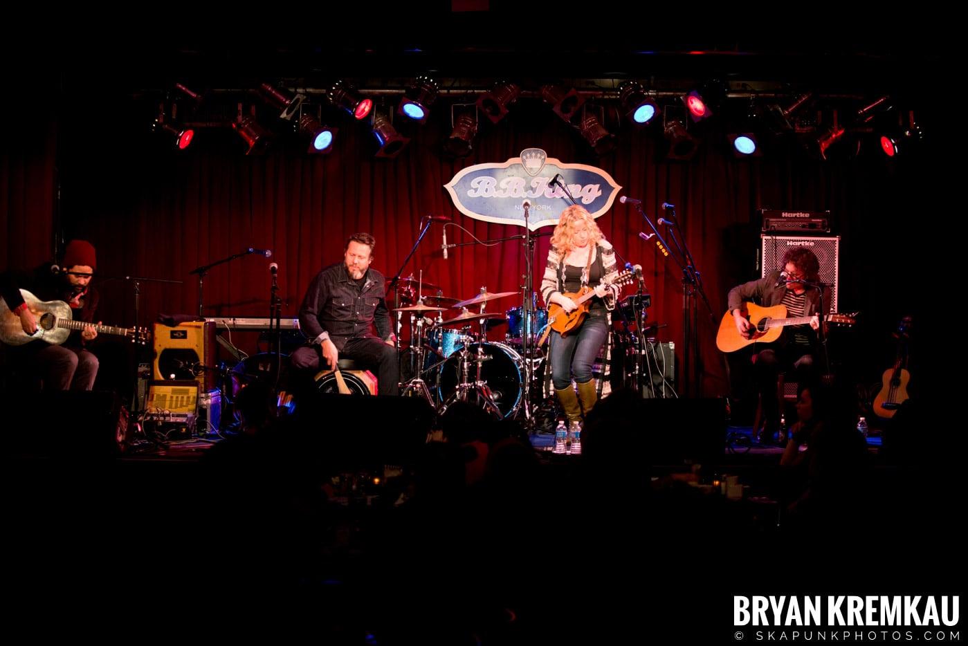 Amy Helm @ B.B. Kings Blues & Grill, NYC - 1.11.13 (12)
