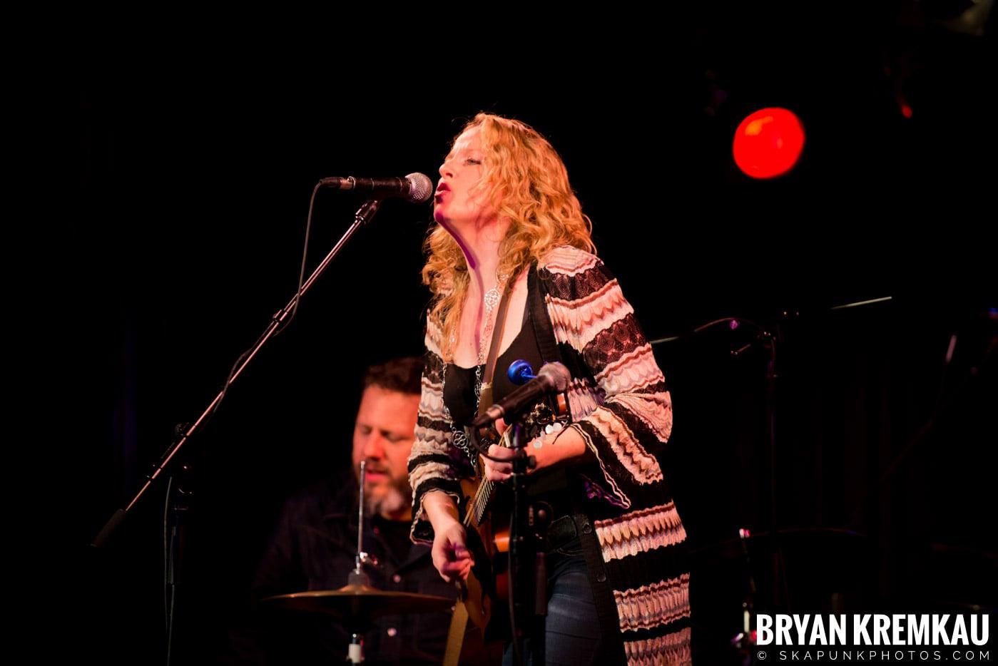 Amy Helm @ B.B. Kings Blues & Grill, NYC - 1.11.13 (3)