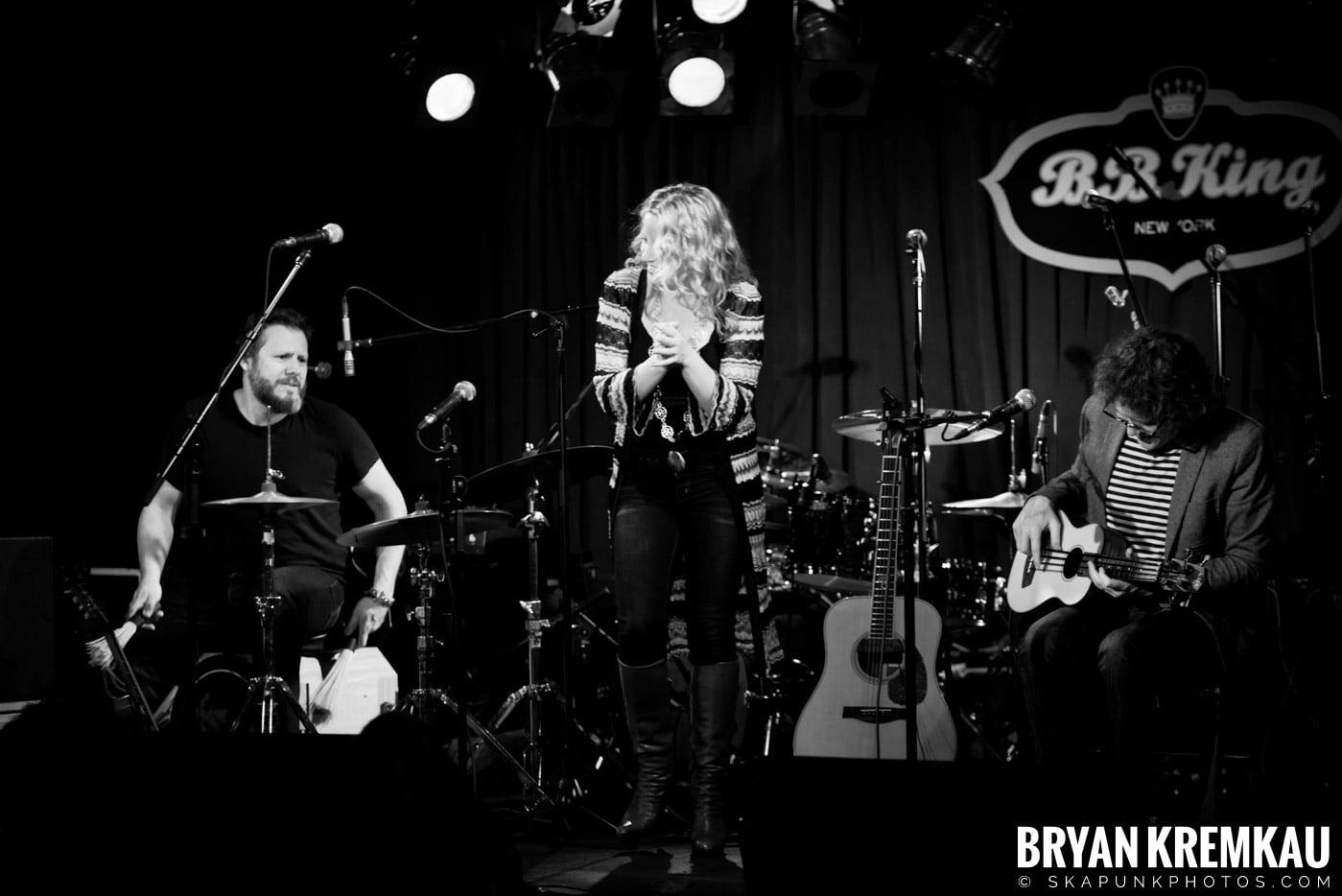 Amy Helm @ B.B. Kings Blues & Grill, NYC - 1.11.13 (2)