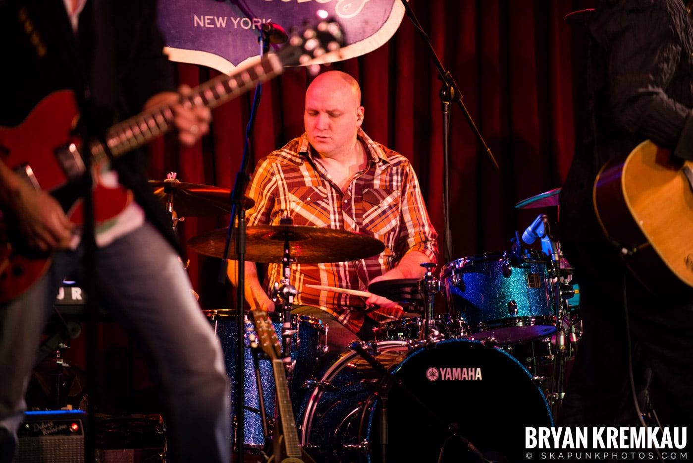 Alan Doyle @ B.B. King Blues & Grill, NYC - 1.11.13 (25)