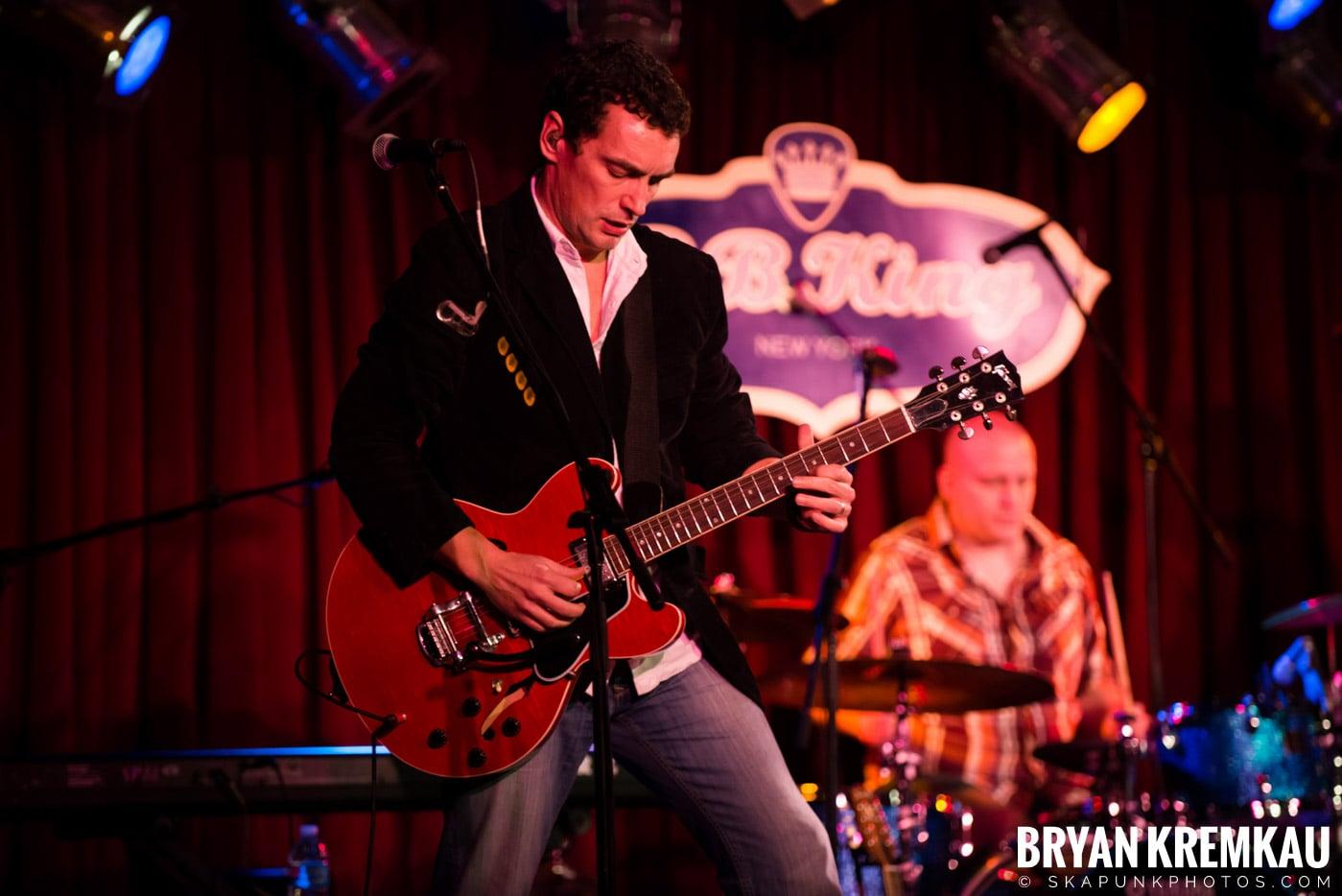 Alan Doyle @ B.B. King Blues & Grill, NYC - 1.11.13 (24)