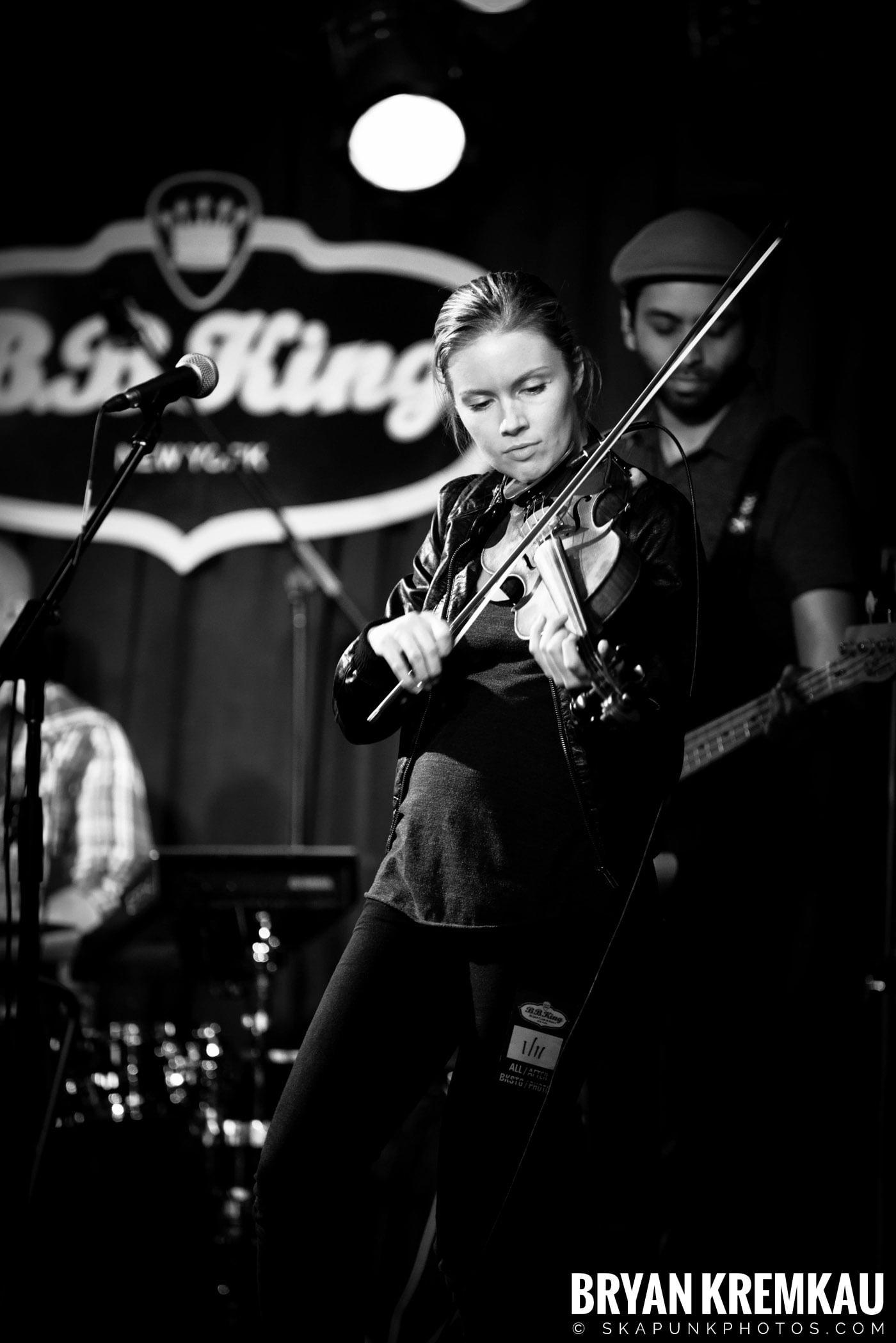 Alan Doyle @ B.B. King Blues & Grill, NYC - 1.11.13 (12)