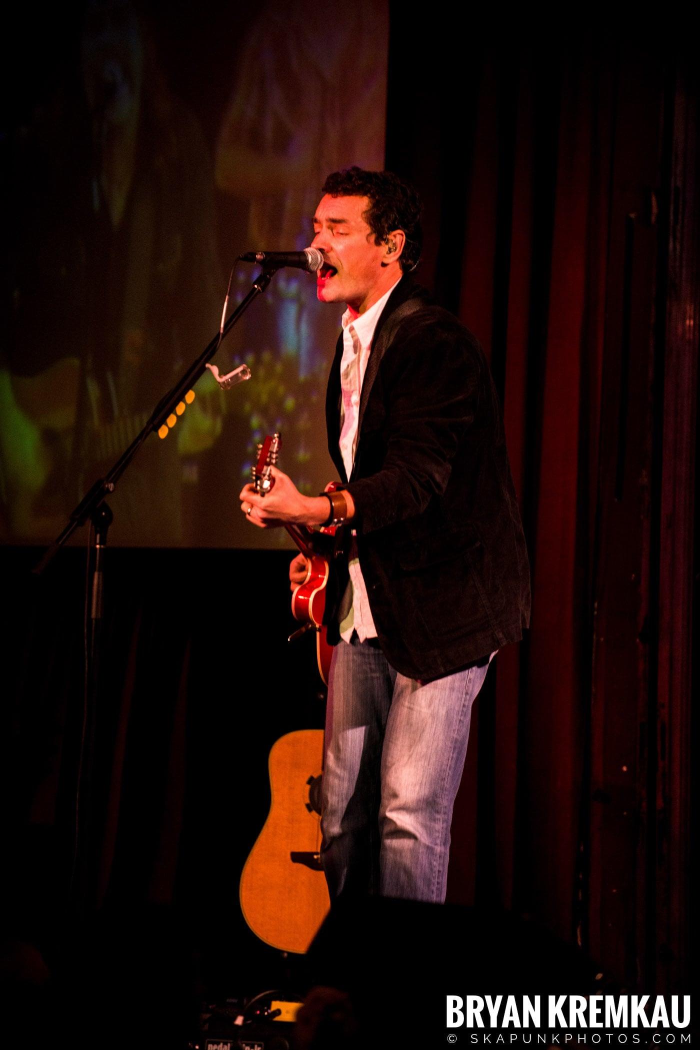 Alan Doyle @ B.B. King Blues & Grill, NYC - 1.11.13 (11)