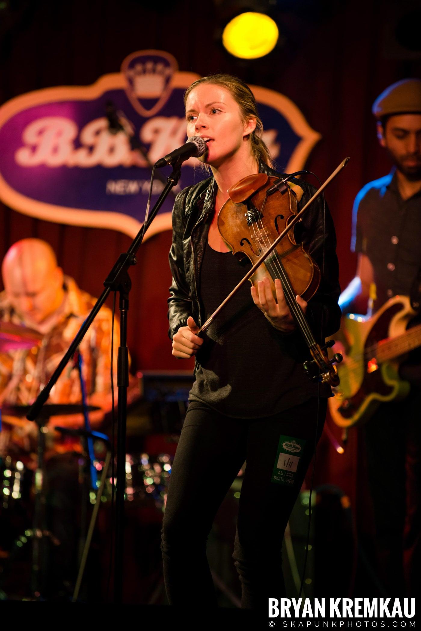 Alan Doyle @ B.B. King Blues & Grill, NYC - 1.11.13 (10)