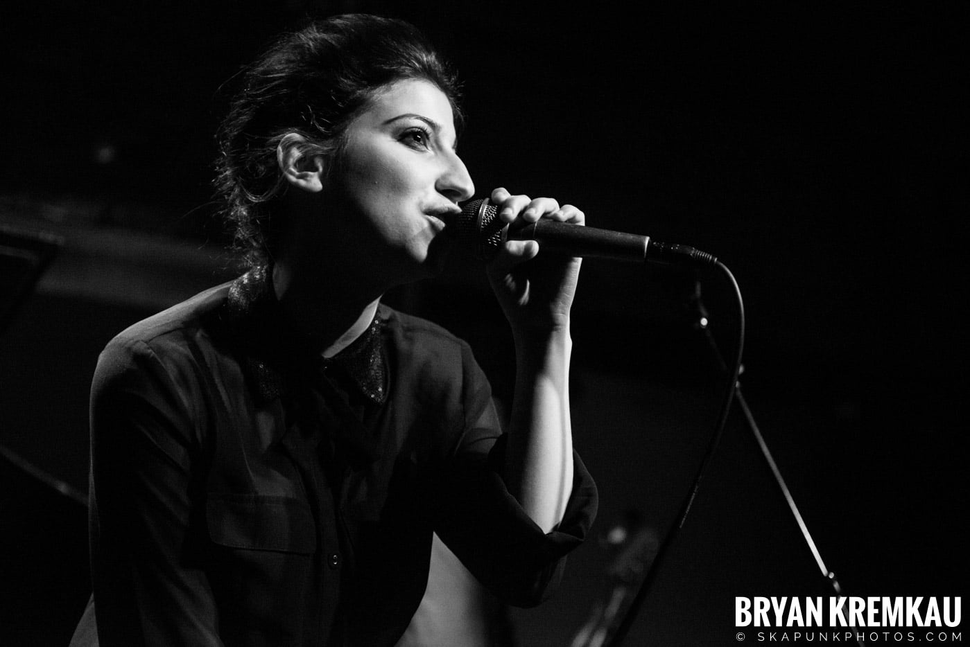 Ariana and The Rose @ Rockwood Music Hall, NYC - 1.17.13 (1)