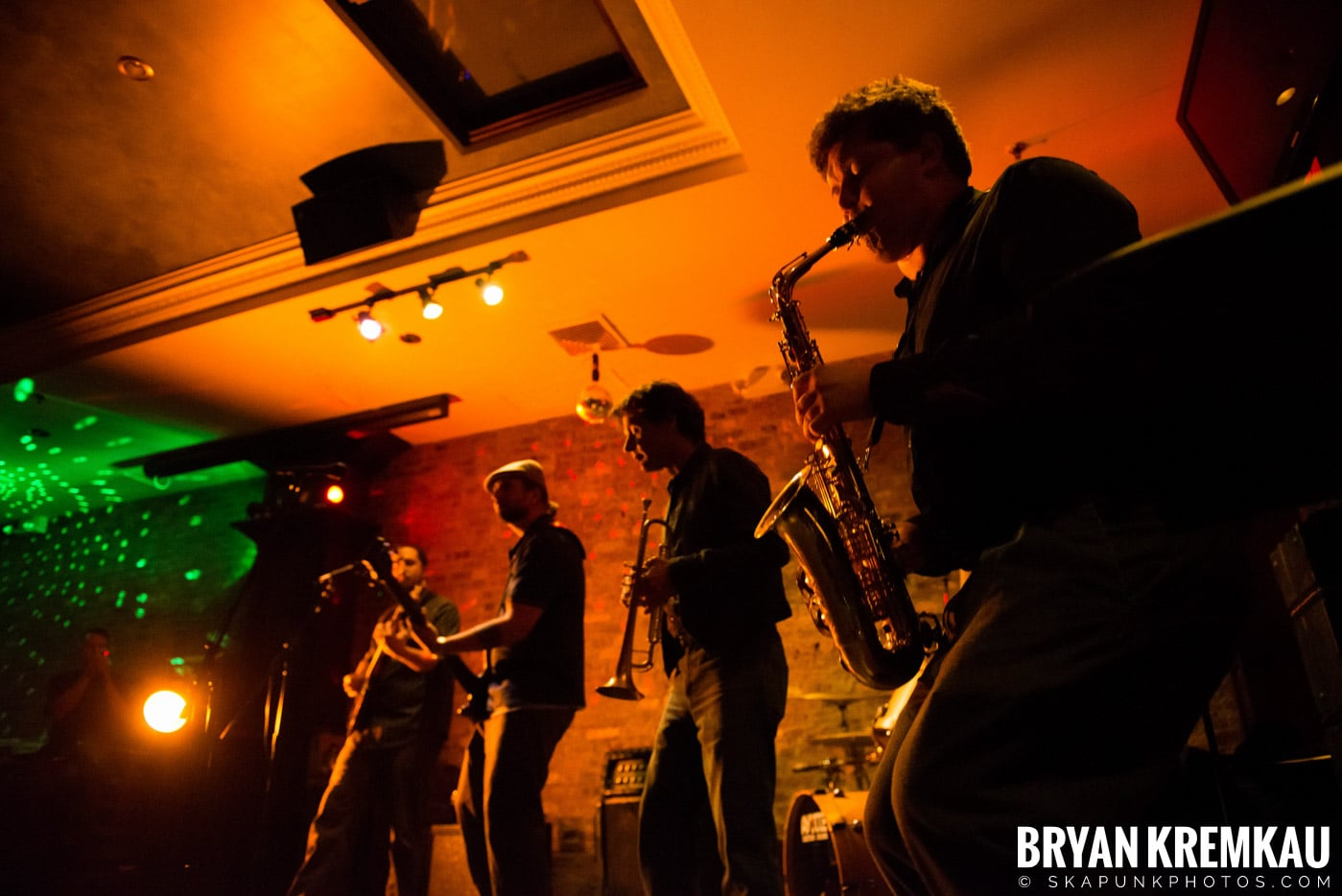 The Bullbuckers @ Characters (Electric Avenue), NYC - 1.19.13 (13)