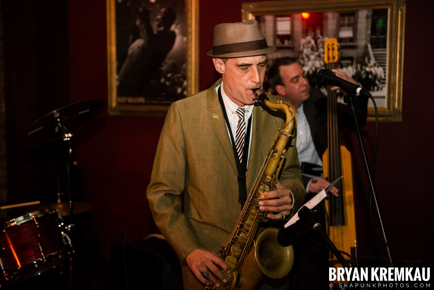 The Scofflaws @ Characters (Electric Avenue), NYC – 1.19.13 (48)