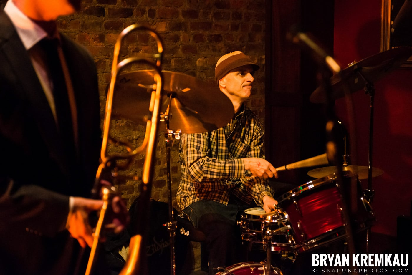 The Scofflaws @ Characters (Electric Avenue), NYC – 1.19.13 (46)