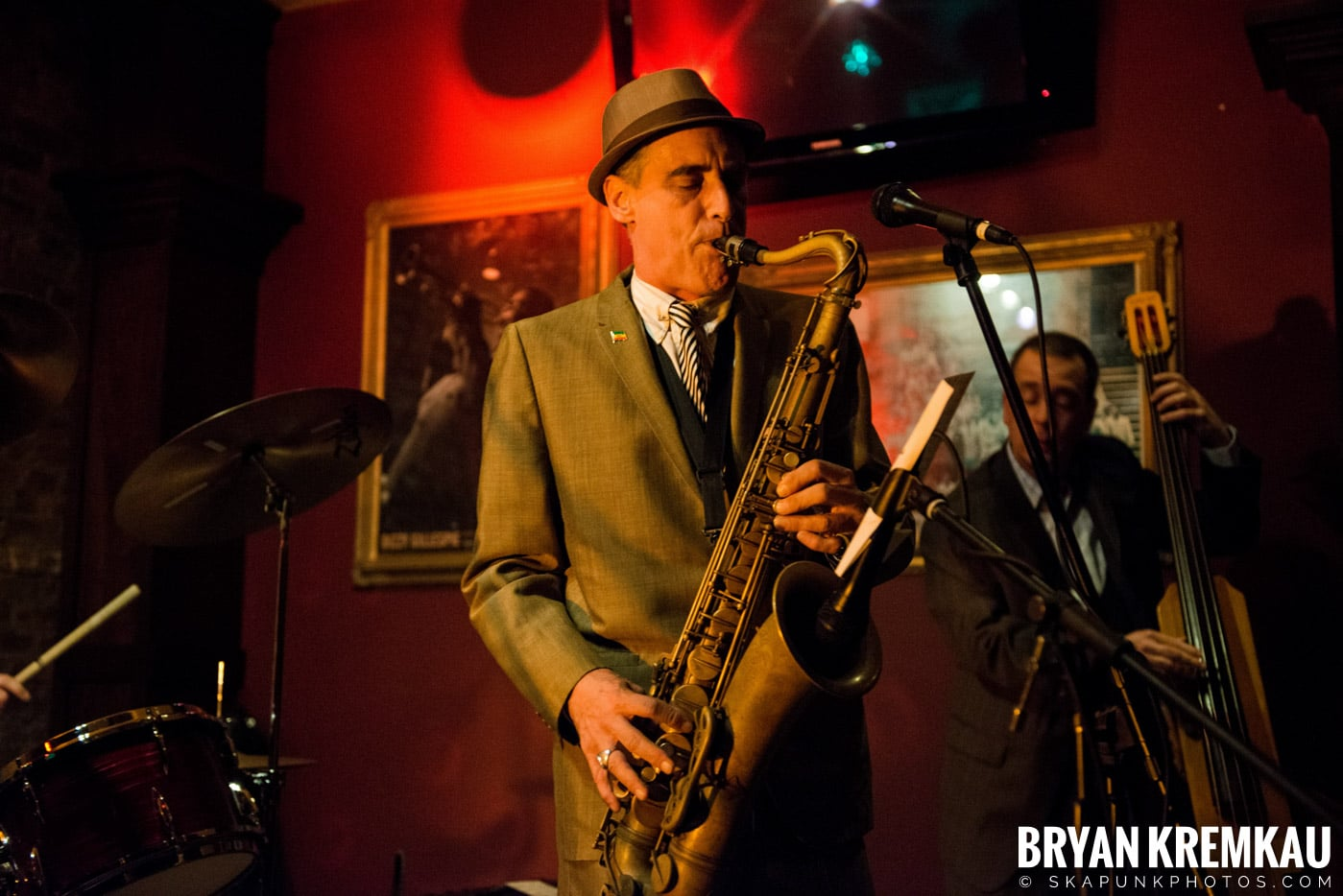 The Scofflaws @ Characters (Electric Avenue), NYC – 1.19.13 (34)