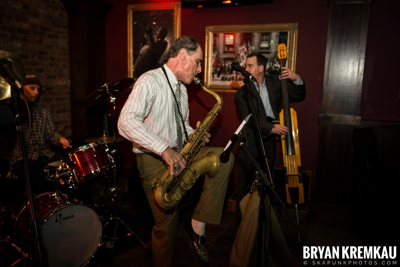 The Scofflaws @ Characters (Electric Avenue), NYC – 1.19.13 (23)