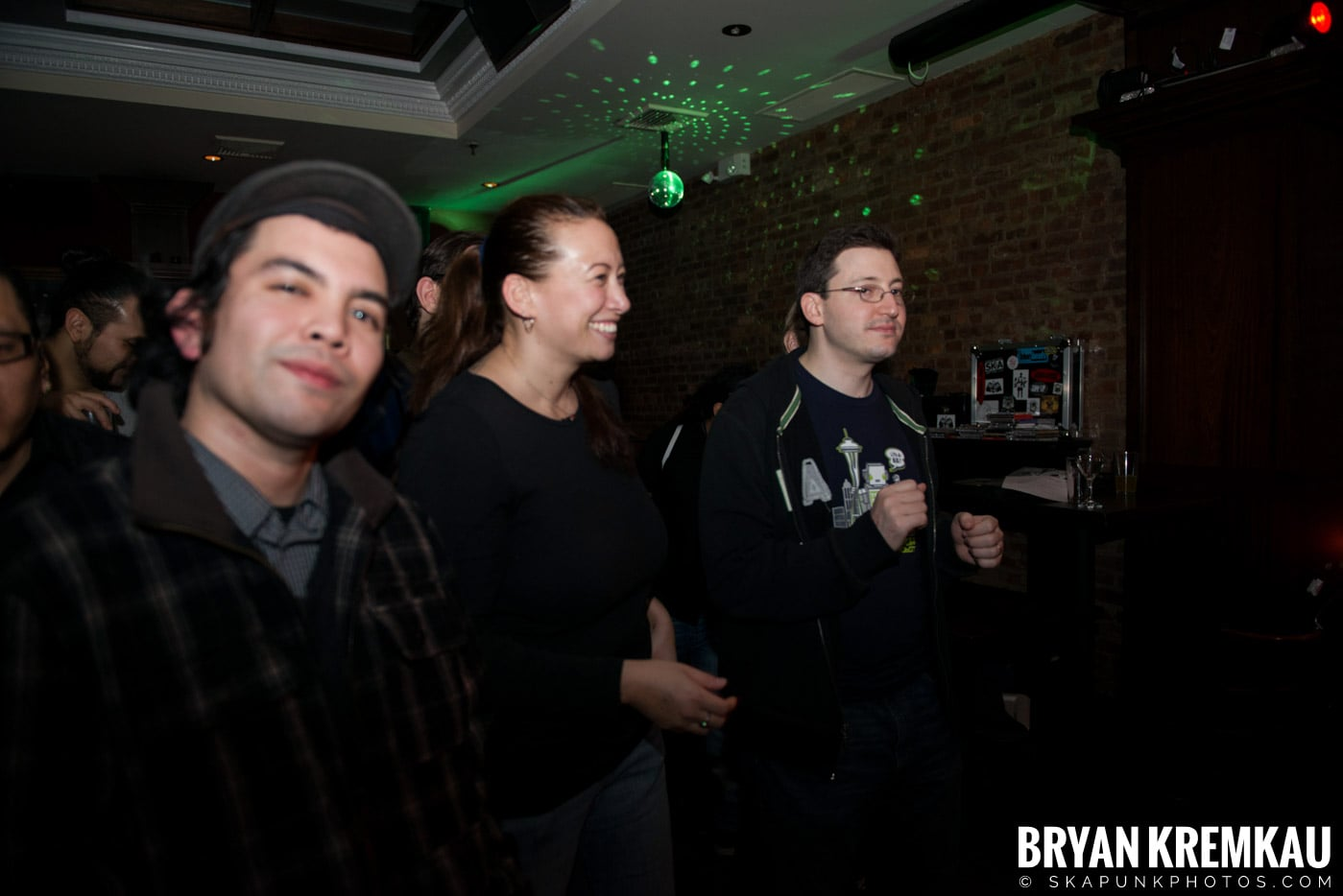 The Scofflaws @ Characters (Electric Avenue), NYC – 1.19.13 (21)
