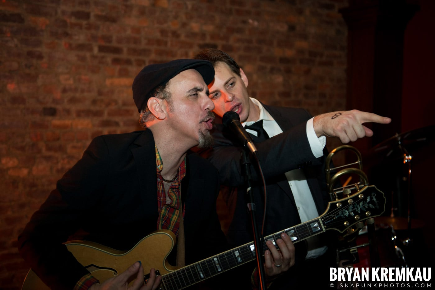 The Scofflaws @ Characters (Electric Avenue), NYC – 1.19.13 (19)