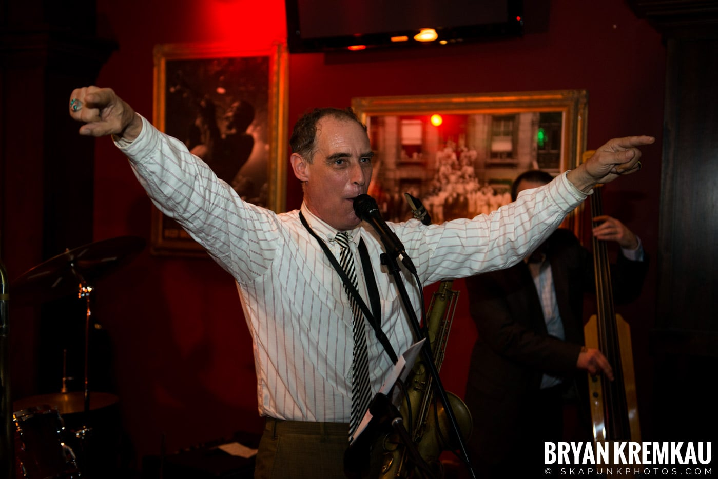 The Scofflaws @ Characters (Electric Avenue), NYC – 1.19.13 (18)