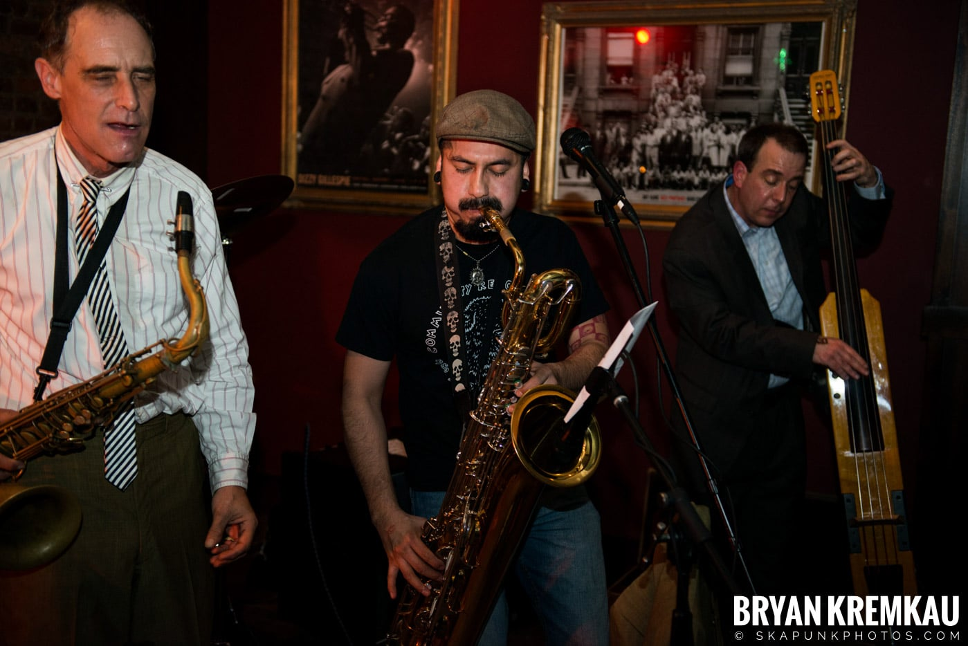 The Scofflaws @ Characters (Electric Avenue), NYC – 1.19.13 (17)