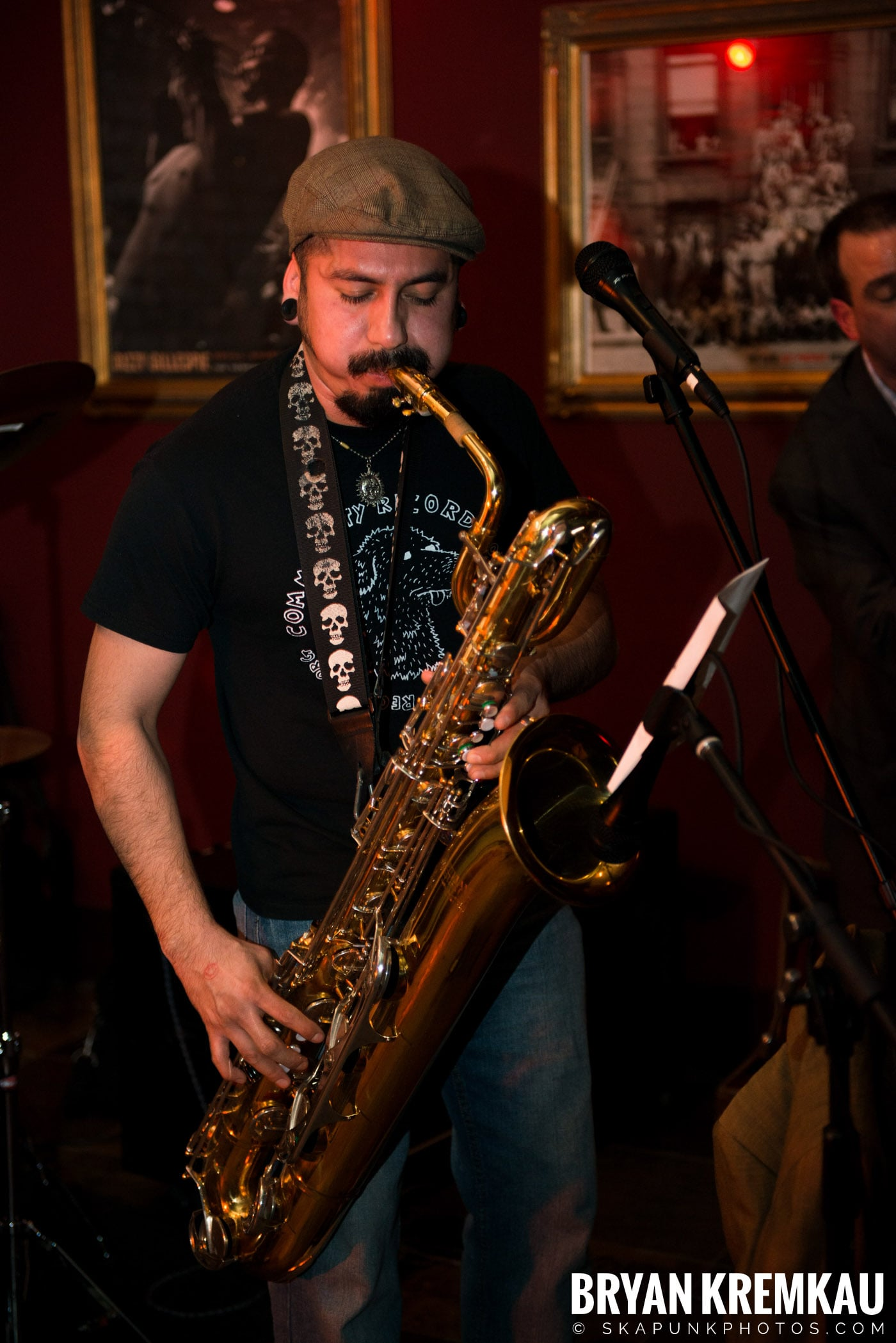 The Scofflaws @ Characters (Electric Avenue), NYC – 1.19.13 (16)