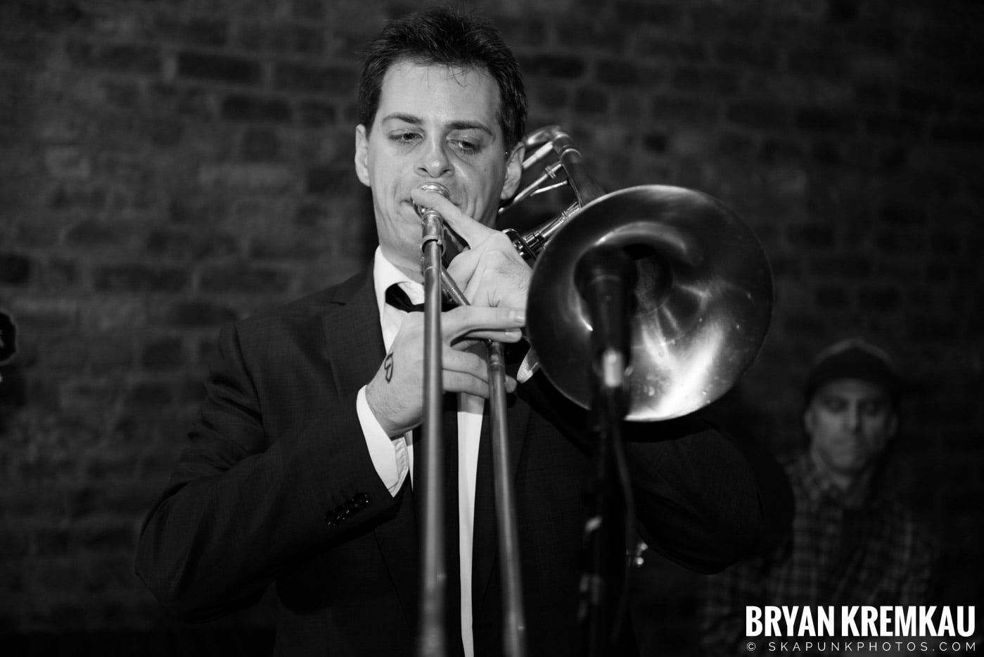 The Scofflaws @ Characters (Electric Avenue), NYC – 1.19.13 (12)