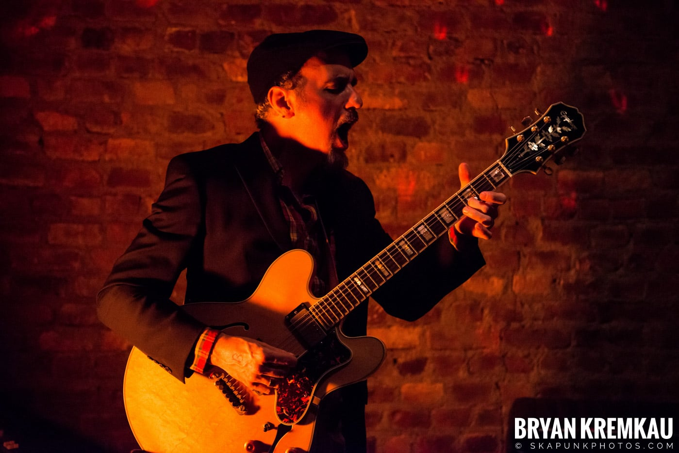The Scofflaws @ Characters (Electric Avenue), NYC – 1.19.13 (10)