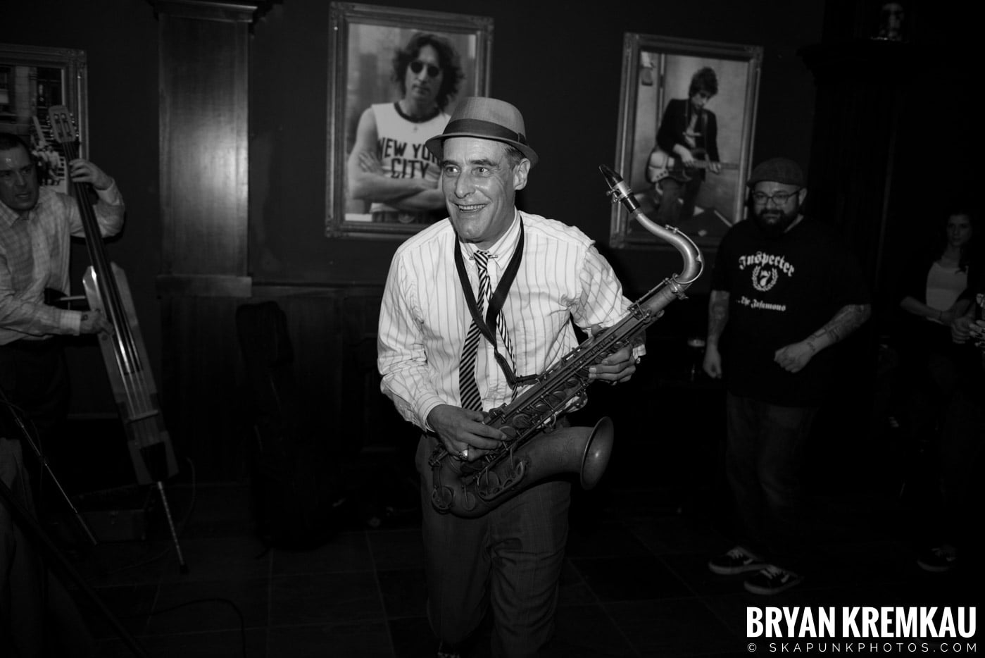 The Scofflaws @ Characters (Electric Avenue), NYC – 1.19.13 (9)