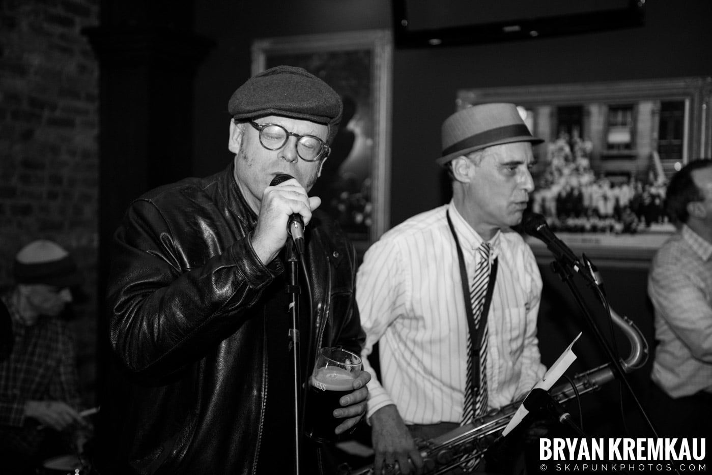 The Scofflaws @ Characters (Electric Avenue), NYC – 1.19.13 (6)