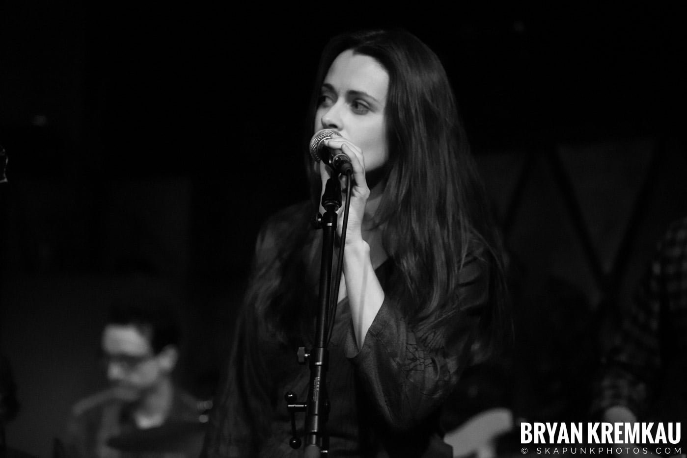 Peter Bradley Adams @ Rockwood Music Hall, NYC - 3.9.13 (14)