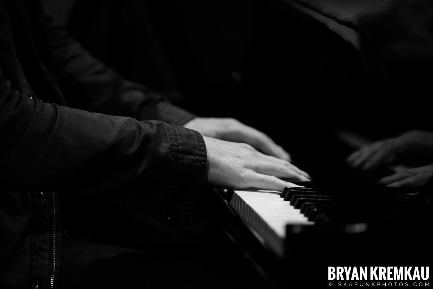 Peter Bradley Adams @ Rockwood Music Hall, NYC - 3.9.13 (11)