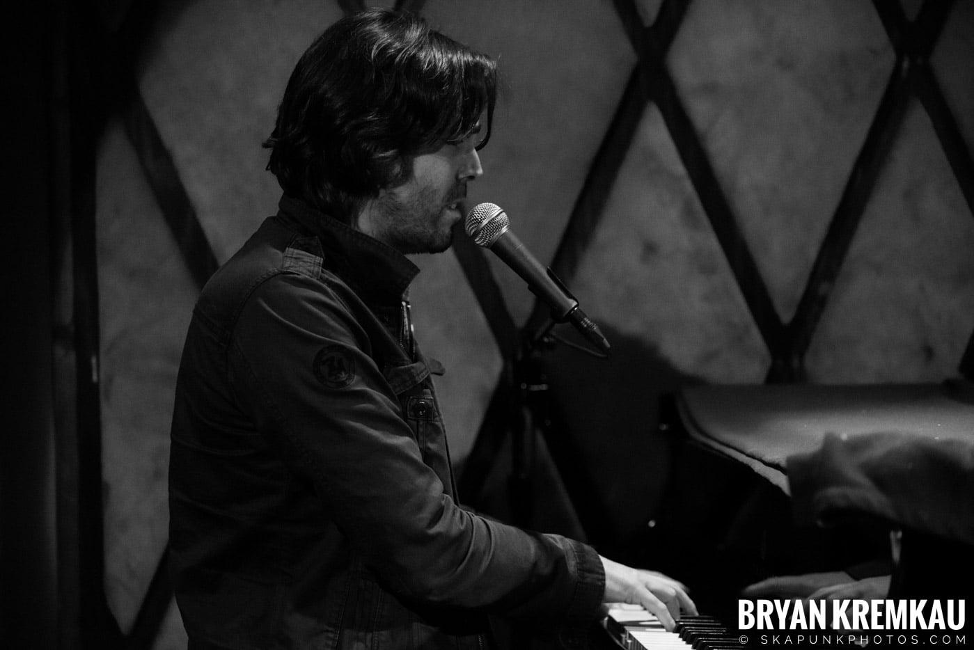 Peter Bradley Adams @ Rockwood Music Hall, NYC - 3.9.13 (10)