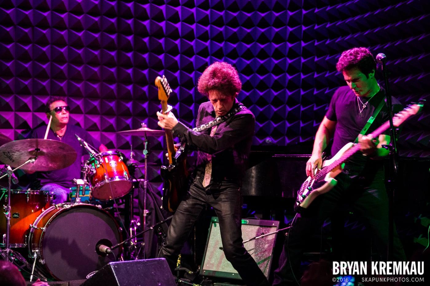 Willie Nile @ Joe's Pub, NYC - 4.3.13 (16)