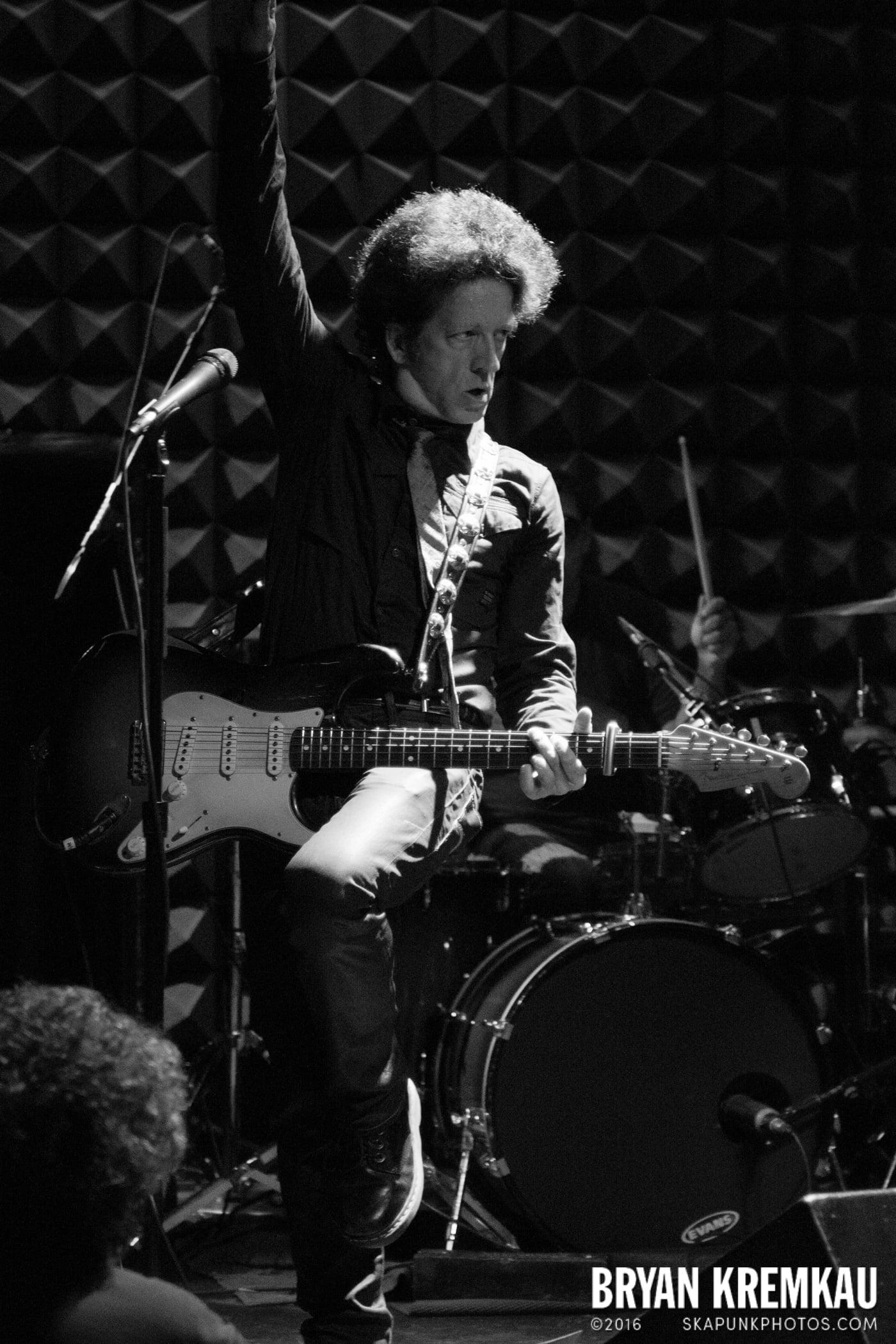 Willie Nile @ Joe's Pub, NYC - 4.3.13 (14)