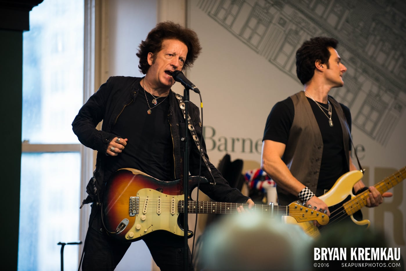 Willie Nile @ Barnes & Noble Union Square, NYC - June 25th 2013 (28)