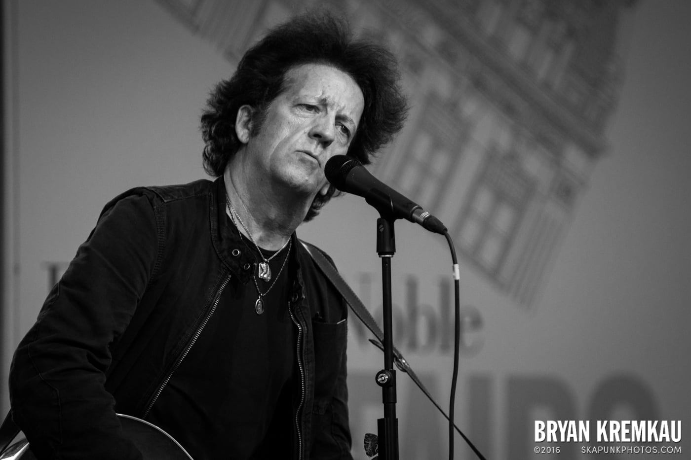 Willie Nile @ Barnes & Noble Union Square, NYC - June 25th 2013 (23)