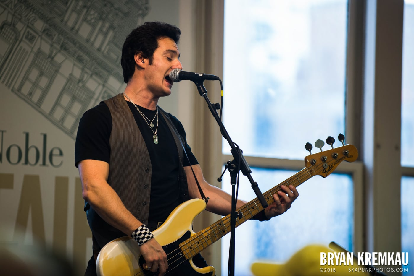 Willie Nile @ Barnes & Noble Union Square, NYC - June 25th 2013 (21)