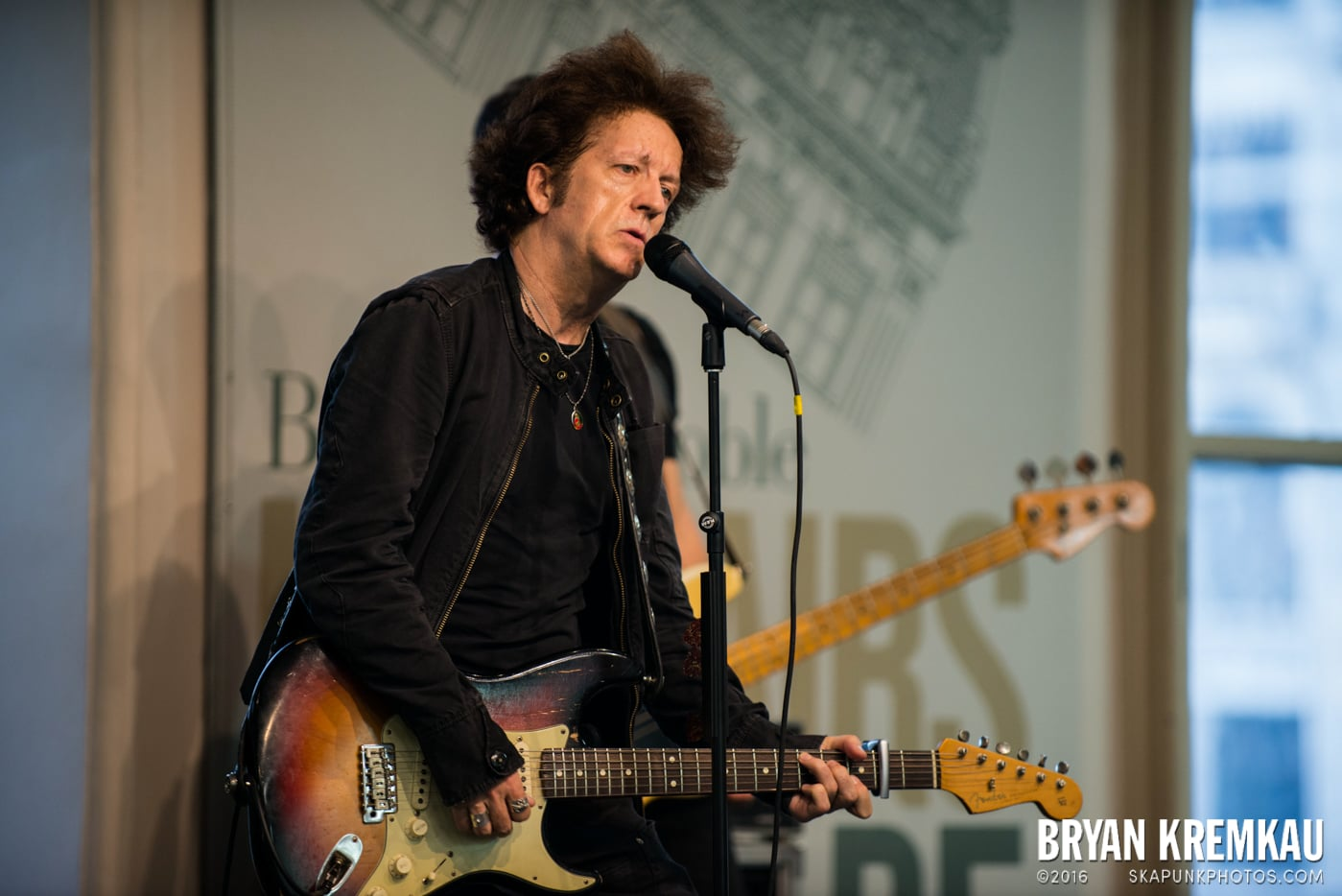 Willie Nile @ Barnes & Noble Union Square, NYC - June 25th 2013 (19)