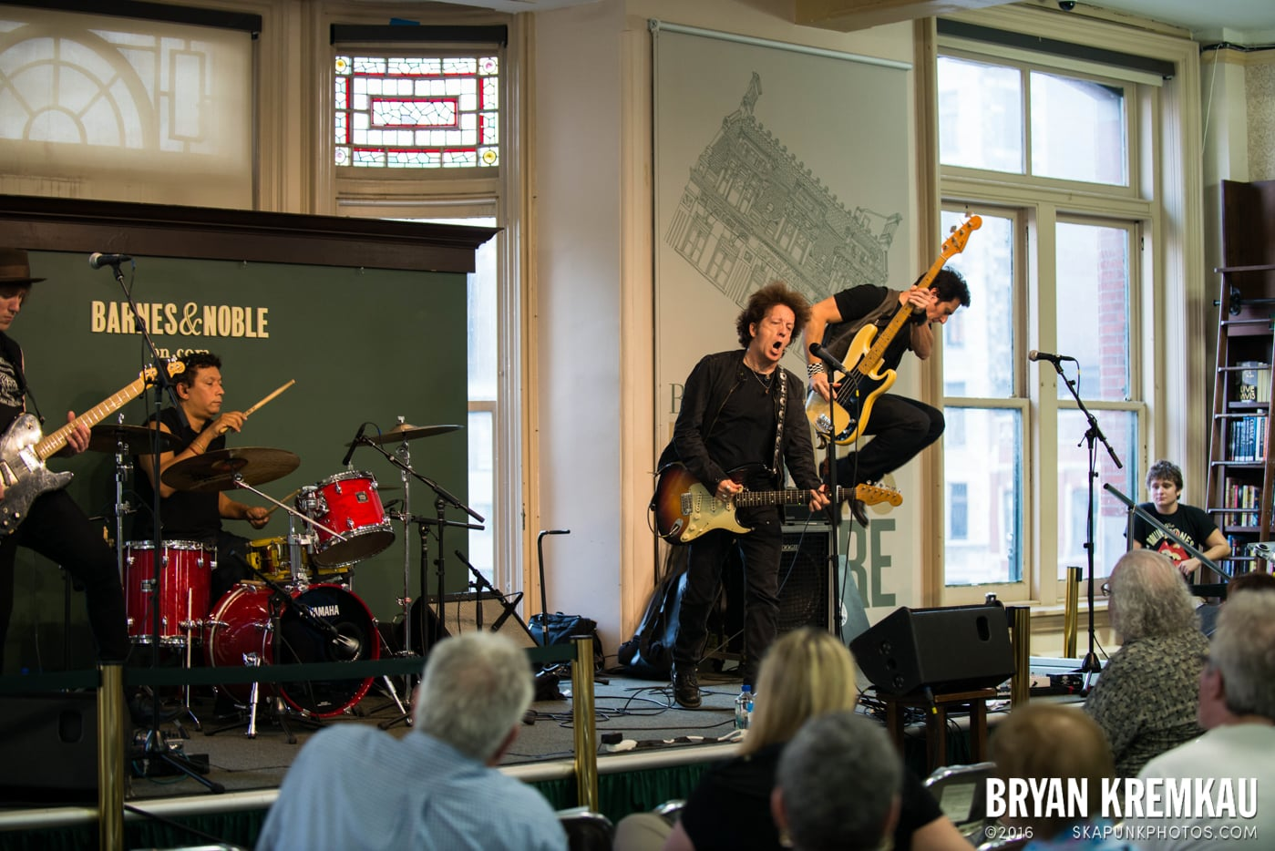Willie Nile @ Barnes & Noble Union Square, NYC - June 25th 2013 (17)