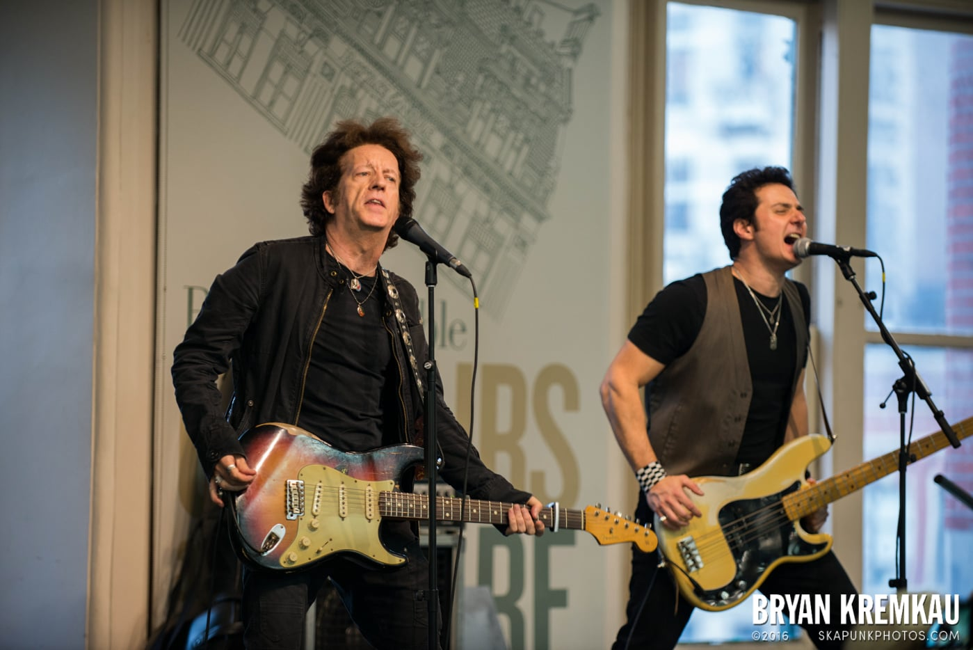 Willie Nile @ Barnes & Noble Union Square, NYC - June 25th 2013 (7)