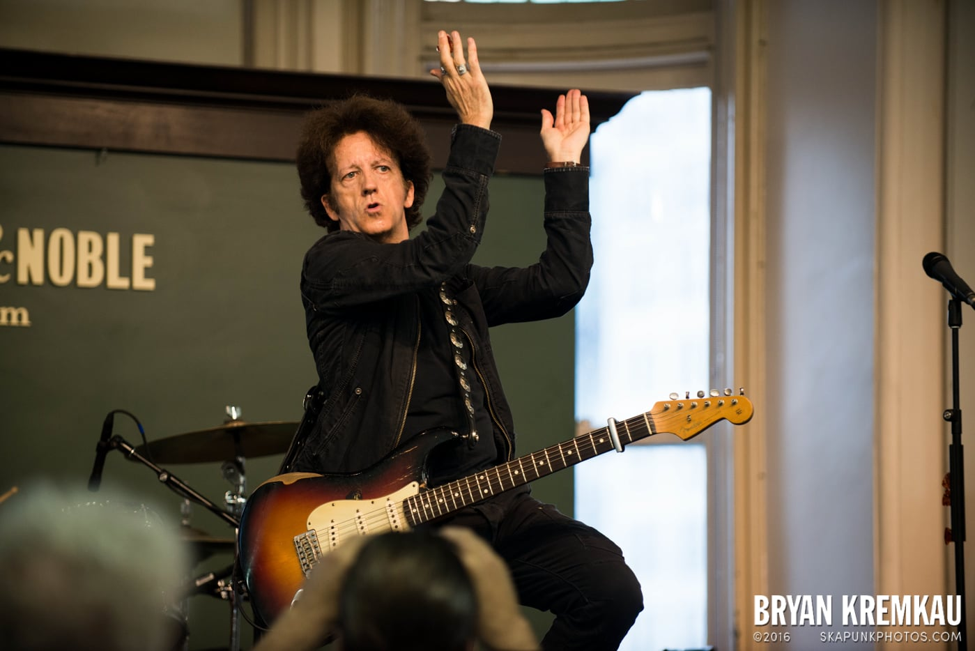 Willie Nile @ Barnes & Noble Union Square, NYC - June 25th 2013 (3)